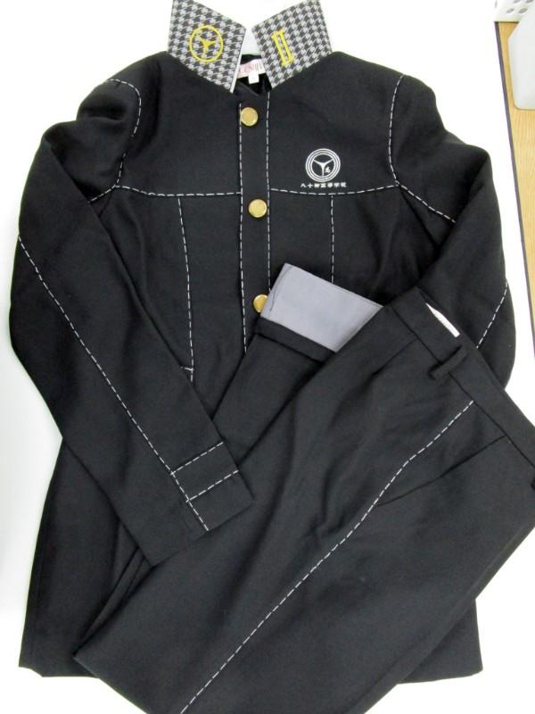 ◆コスプレ衣装◆ペルソナ4・ザゴールデン/男子制服・上着全体やや汚れ・ボタンやや傷み・パンツ裾加工・コスレボ製(女性M)【中古】